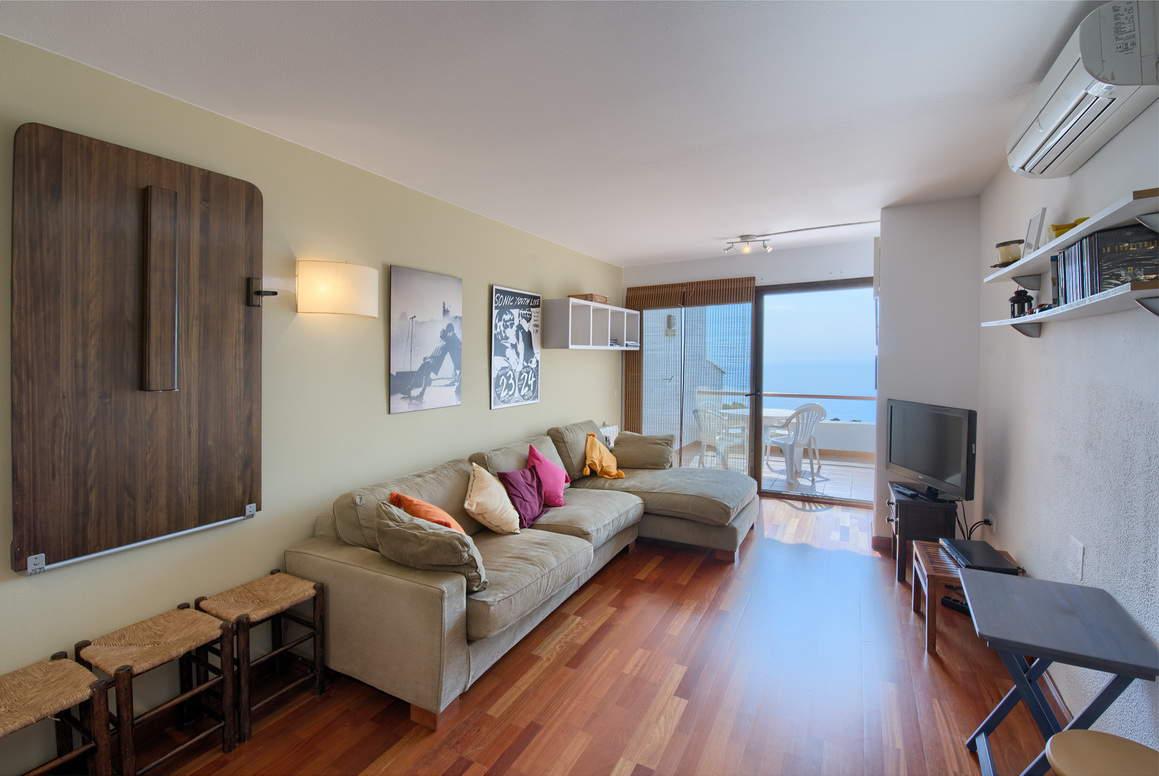 апартамент -                                       Begur -                                       2 спальни -                                        человека